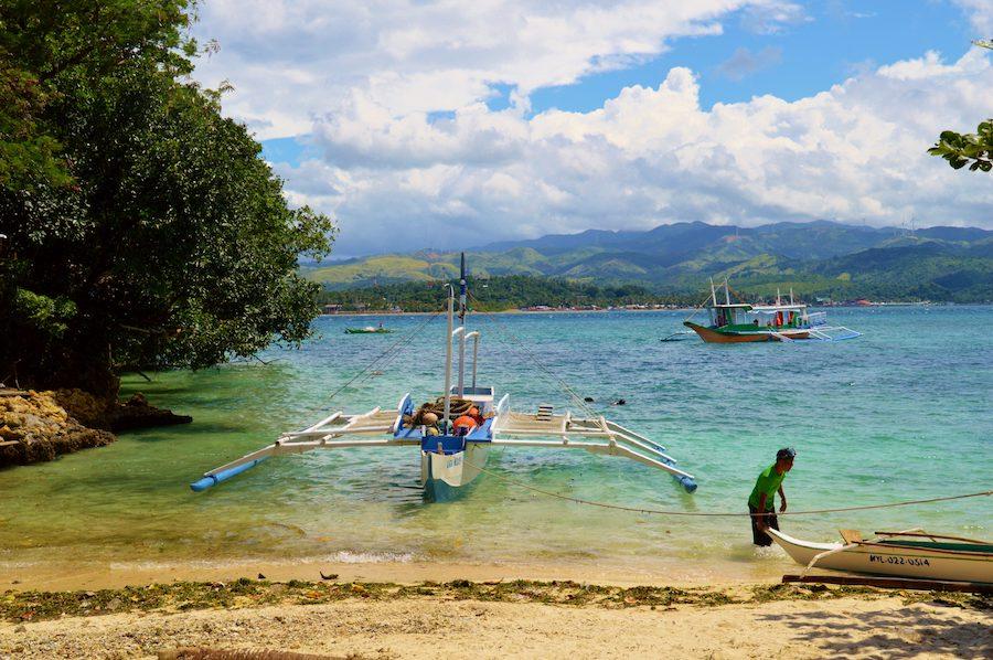 Rent a boat Boracay style