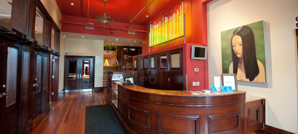 The Gladstone Lobby ©Gladstone Hotel